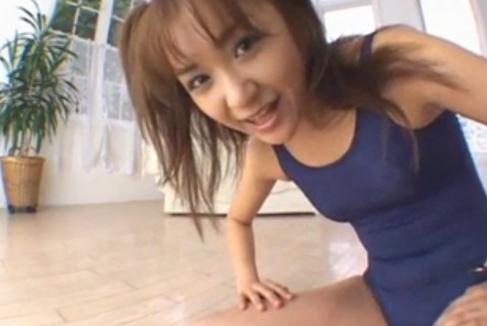 笑顔がかわいい女子校生のスク水で戯れる姿がマジでたまらない!