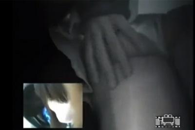 《痴漢盗撮》撮影者が逮捕された事でガチが証明された問題作!顔と下腹部を同時撮影→これやらせじゃなかったのかとネットで話題にw