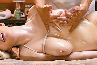 《マッサージ》「お願い許してっ…おかしくなるぅぅ♡」媚薬とミルクライン施術で理性ぶっとびイキ狂わされるHカップ少女♪
