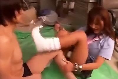 制服ギャル女子校生さとう遥希ちゃんとのセックスを撮影したいとお願いしたらキレられたのでそのままレイプしてやりました