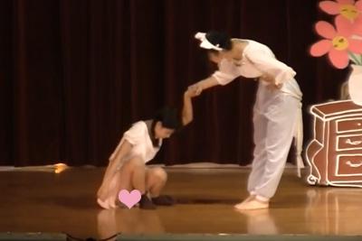 【文化祭】パンツ見えちゃった♡演劇部のロングスカートの中は純白パンツ♪ 問題のシーン5:35