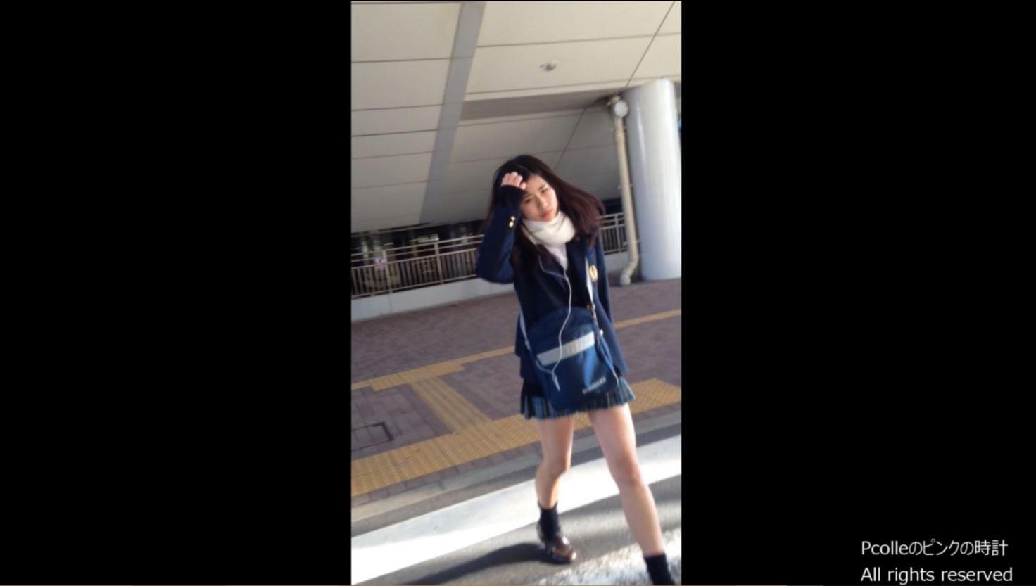 《女子校生リアルスカートめくりパンティ盗撮》②『顔出し』制服JK数人に話しかけて顔撮影♪