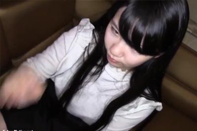 《個人撮影 素人》かわえぇw黒髪ロングの清純女子校生円光ハメ撮り夫のPCから流出ww