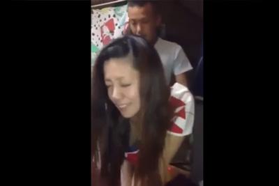 《個人撮影》ヤンキーカップル立ちバックで激パコ彼女のアヘ顔友達に撮らせるww