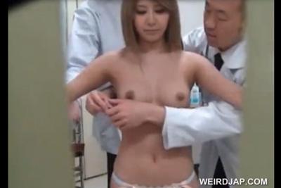 美女ギャルの身体測定 こんな事が出来るなら医者になればよかった
