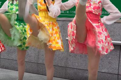 【JKアイドル パンチラ】4K高画質カメラで純白パンティばっちり激写♡ 問題のシーン11:01