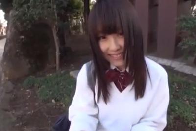 SNSで知り合った女子校生と円光の約束して待ち合わせたらとんでもねぇ美少女が待っていたww