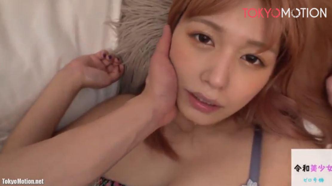 《美少女アイドルピカルちゃんH動画》可愛いカメラ目線『ギャル系の見た目とは大違いでMぶりっ子だね』