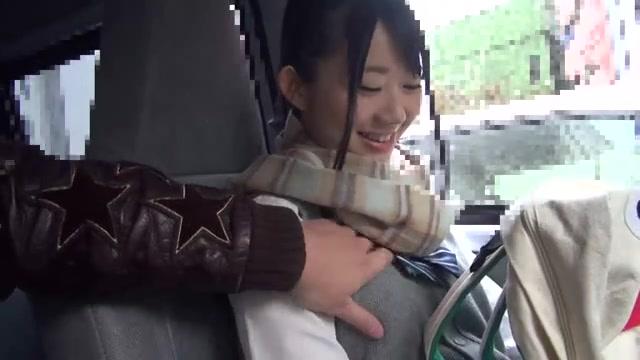 ②性格のめちゃくちゃ良い笑顔が可愛いJKと円光デート♪車内で一発抜いてもらって自宅でたっぷり柔肌堪能♡