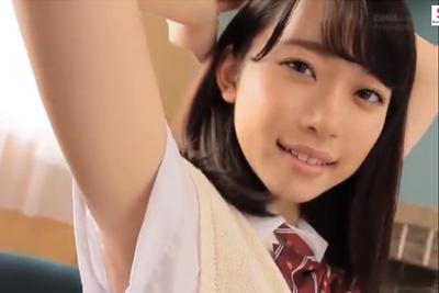 【着エロ】こんな可愛い女子校生が唾液を垂らしながらアイス疑似フェラしてくれる動画でシコれるならもう彼女いなくてよくね?w