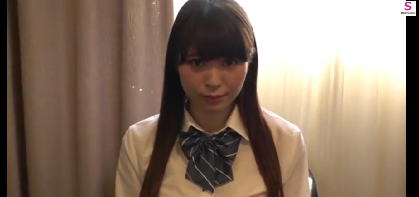 【女子高生】アイドル系女子高生がホテルでセックス!鏡の前で立バックして大興奮!!